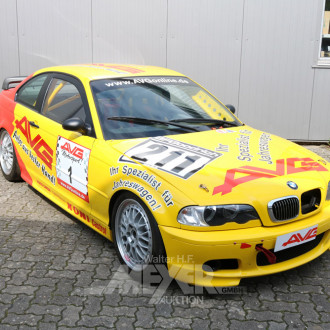 Motorsportfahrzeug, gelb