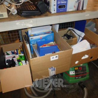 5 Kartons mit Inhalt: Büromaterialien