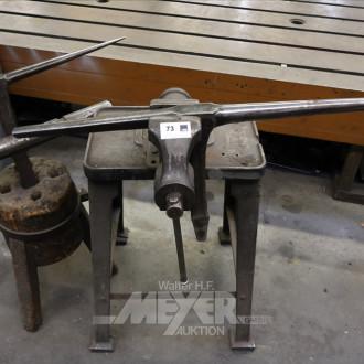 Holzbock mit Vorrichtung für