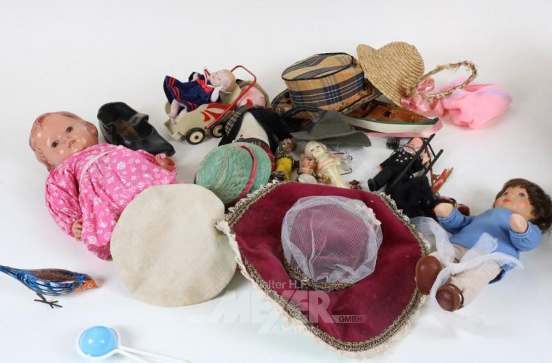 Posten div. Puppen und Puppenbekleidung