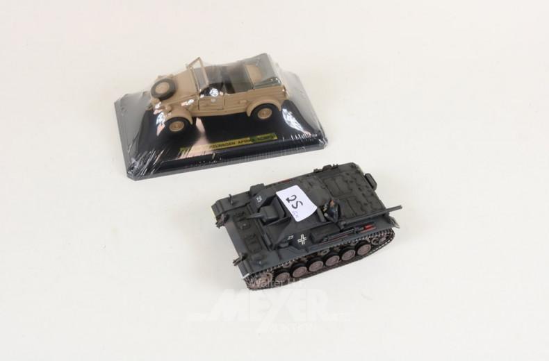Motorräder mit Beiwagen, 1 Panzer