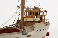 2 div. Schiffe und 1 U-Boot,