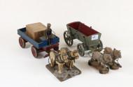 Holzgespanne ''Pferd und Wagen''