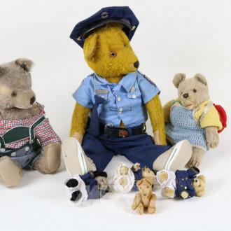 11 versch. Teddys, STEIFF
