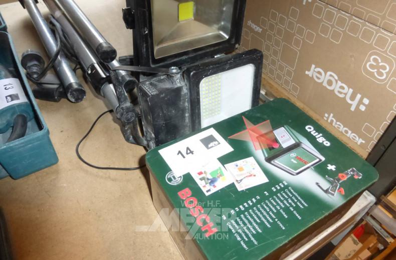 2 LED-Strahler und 1 Kreuzlinienlaser