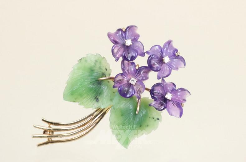 Blütenbrosche, 585er GG, Jadeblätter