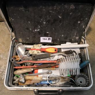 Werkzeugkoffer mit Inhalt: