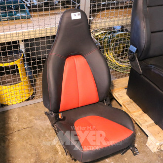 Autositz, Leder rot/schwarz