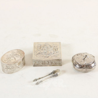 3 Pillendöschen, Silber, tlw. Jugendstil