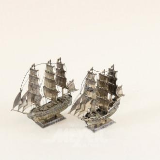 2 kl. Modell-Segelschiffe, Silber,