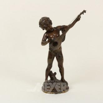 Bronze-Figur ''musizierender Jüngling''