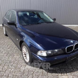 BMW 520i E39, blau