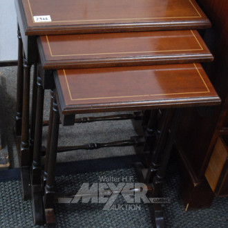 engl. 3-Satz-Tisch, Mahagoni, ca. 62 cm