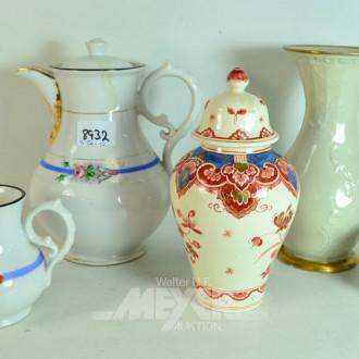 5 Teile Porzellan: Kaffeekanne,