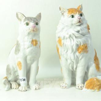 2 Porz.-Katzen, DRESDEN, Höhe: ca. 31 cm