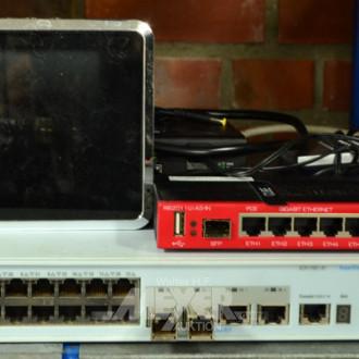Posten div. Netzwerk-Switches
