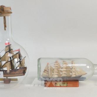 2 versch. Buddelschiffe