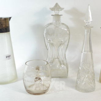 5 Teile Glas: Karaffen, Becher, Saftkrüge