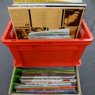 gr. Posten LP's u. Singles: