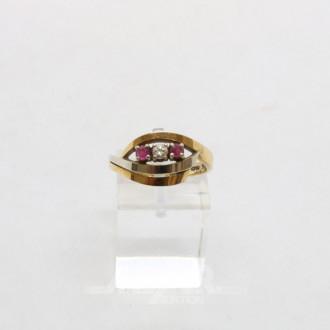 Damenring, 585er GG, mit 1 kl. Diamant