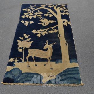 Wandteppich, blaugrundig mit Hirschmotiv