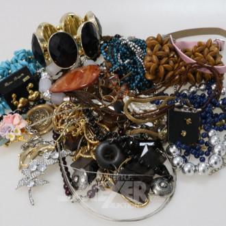 Posten Modeschmuck: Armbänder,
