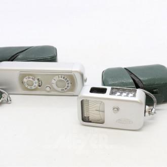Minox-Kamera und passendem Belichtungs-