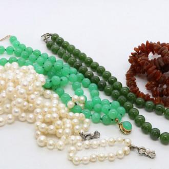 Posten div. Kugel- und Perlenketten