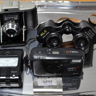 Fernglas, 2 alte Fotoapparate