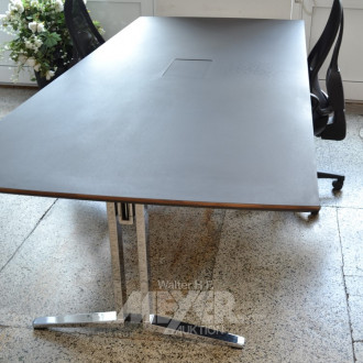 Konferenztisch, Platte schwarz,