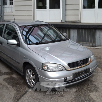 OPEL Astra, silber