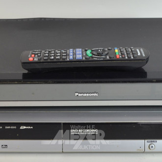 Blue-Ray Player sowie 1 DVD Player