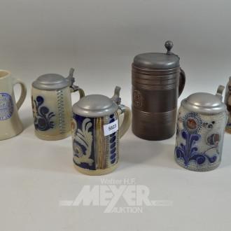 6 Keramik-Bierkrüge, tlw. mit Zinndeckeln
