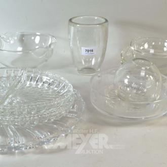 Posten Glas/Kristall: Schalen, Vasen,