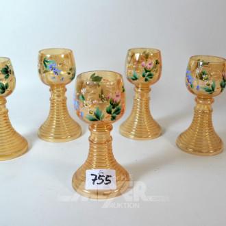5 farbige Weingläser, mit Blumenmalerei