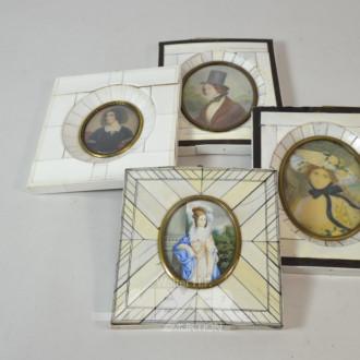 4 kl. Miniaturen im Horn-Rahmen