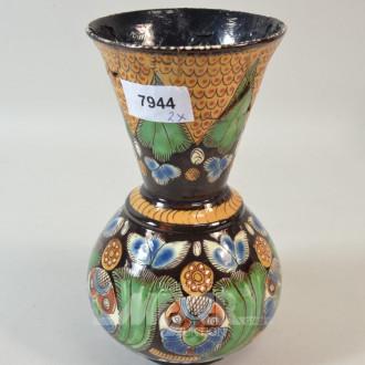 Keramik-Vase, stark beschädigt