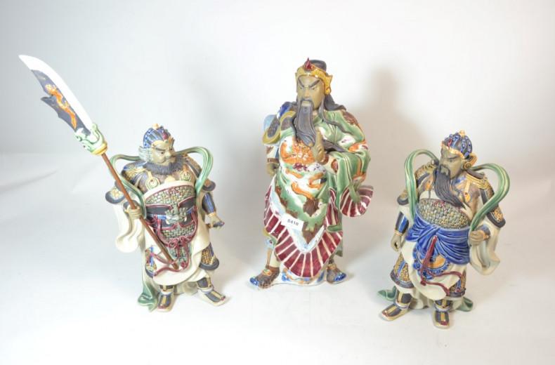 3 Keramikfiguren ''asiat. Kämpfer'',