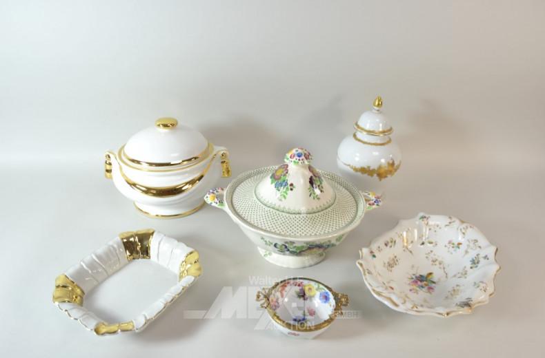 6 Teile Porzellan: Terrine, Vase, Schalen