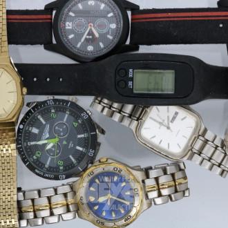 15 Armband-u. Taschenuhren