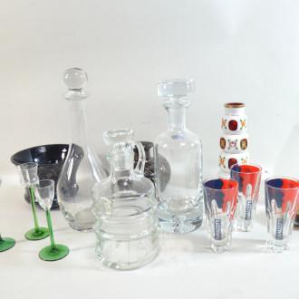 Posten Glas-Karaffen-, Gläser