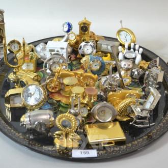 Posten div. Miniatur-Uhren: