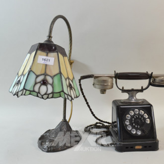 Tischlampe im Tiffanystil