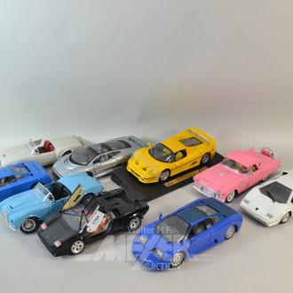13 versch. Modellautos