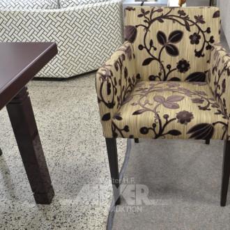 6 elegante Stühle und 2 Armlehnstühle