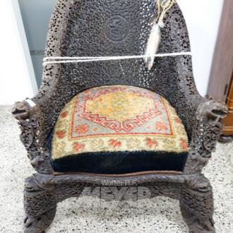 Holz-Sessel, vermtl. indonesisch,