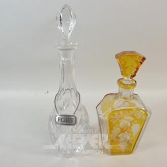 2 versch. Kristallkaraffen,