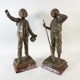Paar Zinkguß-Figuren, ''Knaben''