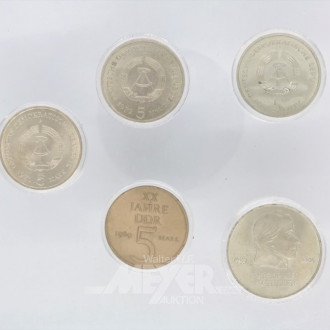 Kassette mit 5 Gedenkmünzen der DDR