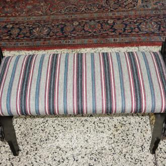 Sitzbank, Holz, Stoffbezug,